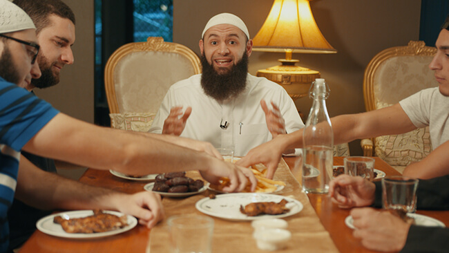 Avoid Overeating during Iftar